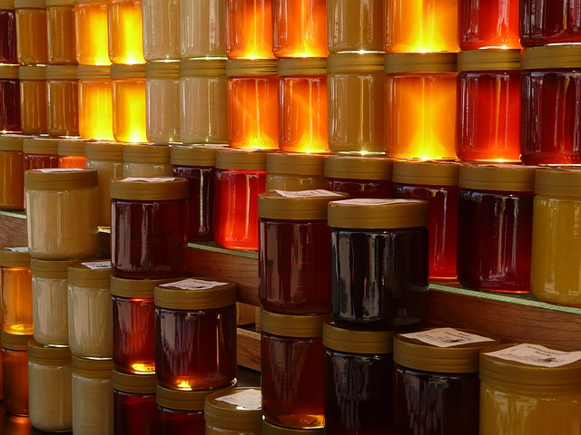 Raport: jaki miód zawiera musztarda miodowa Develey?