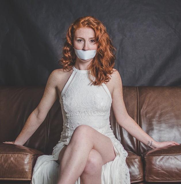 7 zdań, które pomogą Ci sprawdzić, czy relacja jest toksyczna.